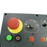 Notaus-Schalter und Regler